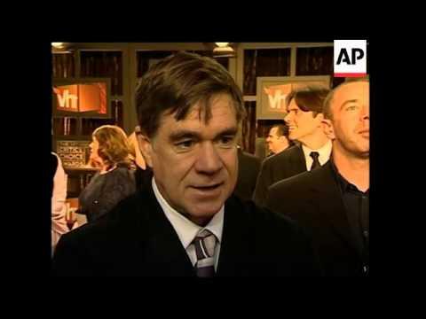Stars walk the red carpet at last nights Critics Choice Awards