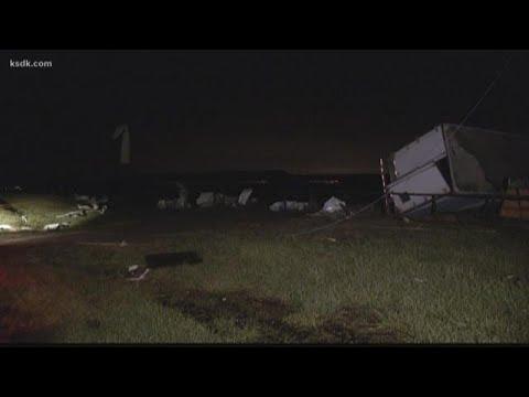 Tornado hits Staunton car dealership