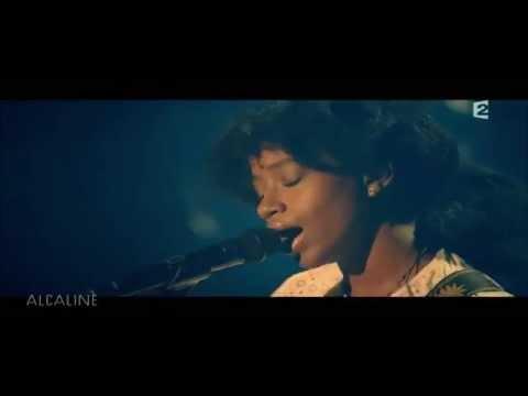 Denai Moore - Blame live Paris