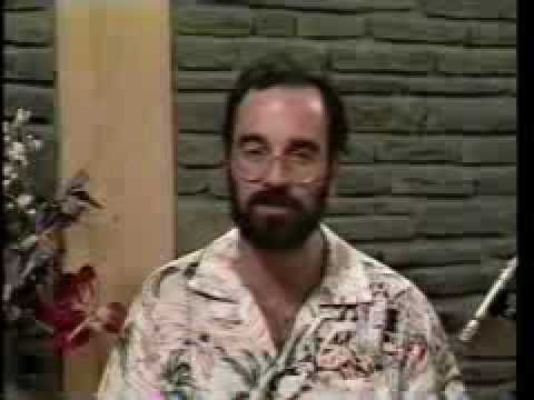 learn-to-play-traditional-hawaiian-guitar-by-bob-brozman