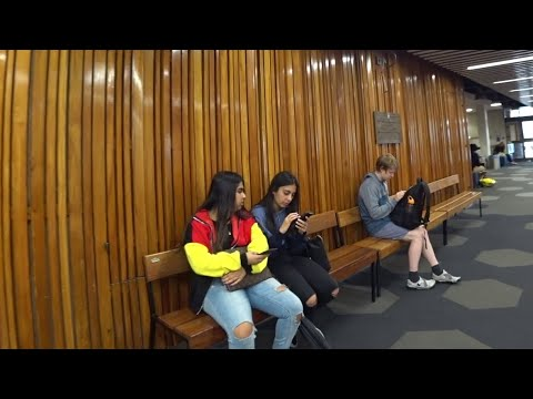 UNIVERSITY Of AUCKLAND Walking Tour - New Zealand