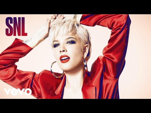 Halsey - Bad At Love (Live on SNL)