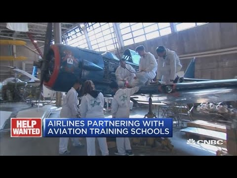 Aviation Maintenance Techs Needed To Fill 750,000 Jobs In The Next  Two Decades