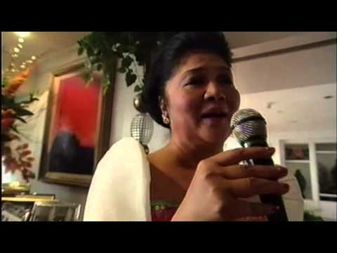 Imelda Marcos sings for Ruby Wax