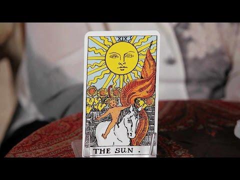 How to Read the Sun Card | Tarot Cards