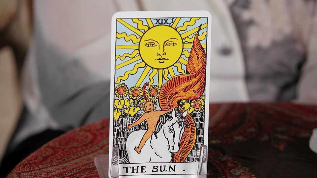 how to read the sun card tarot cards