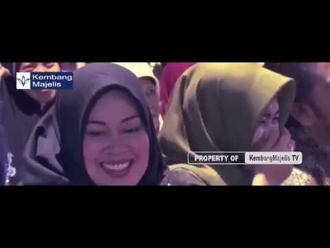 Istri gus muwafiq tersipu malu karena cerita gus muwafiq