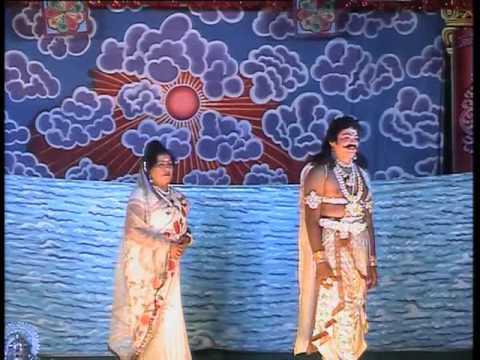 Mandya Ravi Act KARNA with Padmakka In Kurukshetra Drama