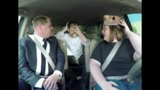 Мама Чубакка хохочет в машине с Джей Джеем Абрамсом