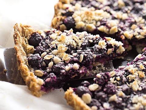 Blueberry Oat Crumble Tart | Truffles and Trends