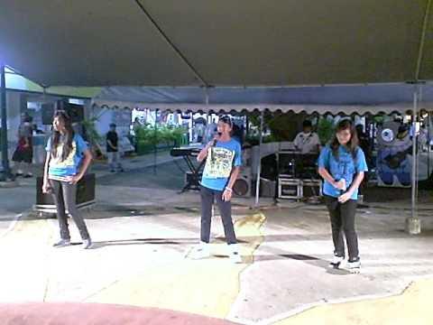 Saipan Street Market Part 2 Karaoke Singers