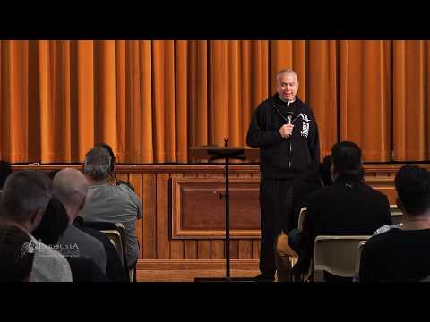 Q & A with Fr Larry Richards: Is it okay to pray with a friend but not with your family?