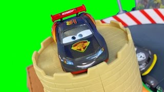 Disney Pixar Cars Lightning McQueen Carbon Speed 4 Pack & Double Lane Duel Track Set