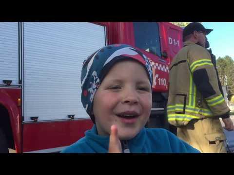 Barnas dag på Stokmarknes brannstasjon