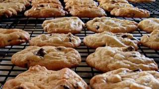 Watch Bill Steele Chocolate Chip Cookies video