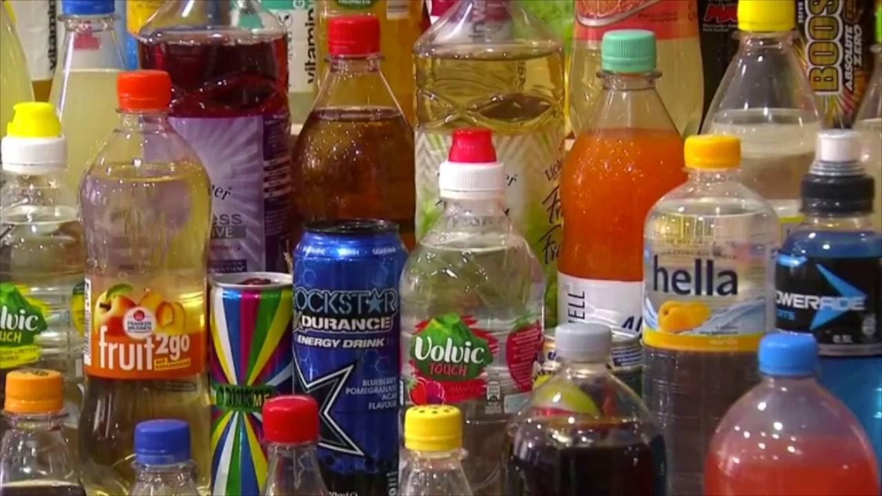 Foodwatch fordert Abgabe auf zuckerhaltige Getränke - YouTube