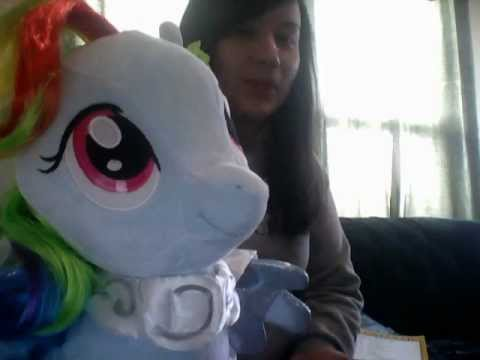 Toy Review: Rainbow Dash Build-a-Bear Plushie