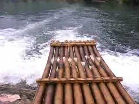 Down Yulong River on the bamboo raft.