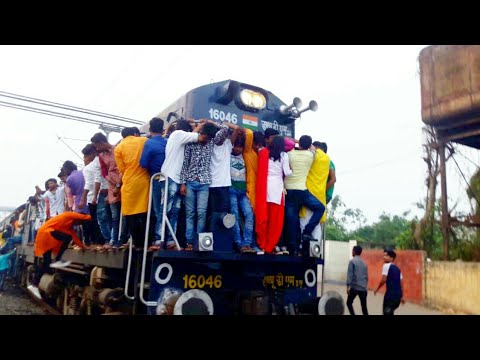 Most Crowded train in India || Extreme Crowded trains in India || Indian Railway
