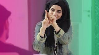 غمزة البنت الهندية ضد غمزة البنت السورية   بنات المدرسة