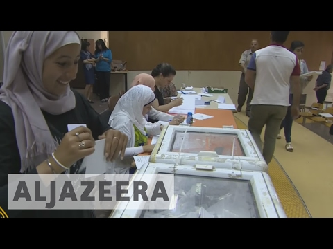 Palestinian factions compete in Birzeit student elections
