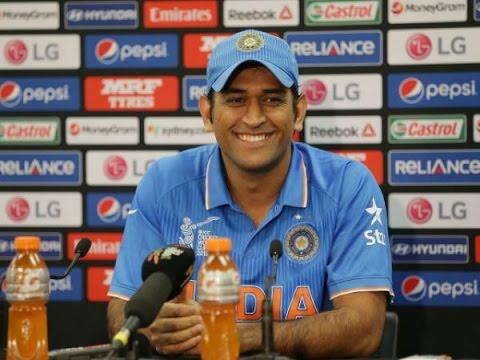 Watch Dhoni's reaction after losing the World T20 Semi Final against West Indies