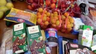 ЦЕНЫ НА ПРОДУКТЫ В ГРЕЦИИ. НАШЕ ПИТАНИЕ. ПОКУПКИ ИЗ СУПЕРМАРКЕТА.(Получилось длинное видео, за что приношу свои извинения. Мы ездим каждую субботу в супермаркет и покупаем..., 2013-07-22T15:21:41.000Z)