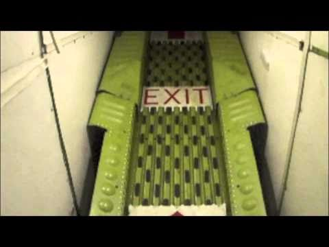 MD-88 tailcone air stairs deployment