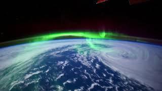 Скачать Aurosonic Sue McLaren Captured By Gravity 2018 Years On The Road
