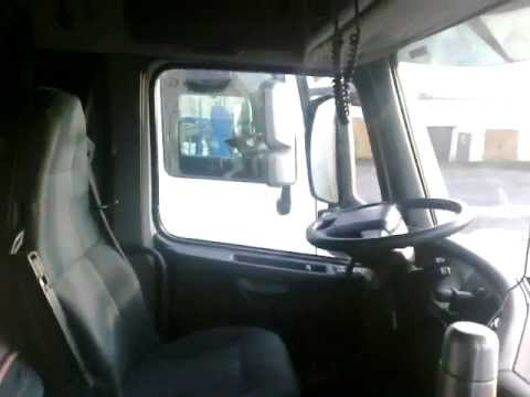Interior of Volvo FH 13.460 2011 - YouTube