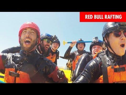 Гонщики «Ред Булл» и «Торо Россо» — на рафтинге в Монреале