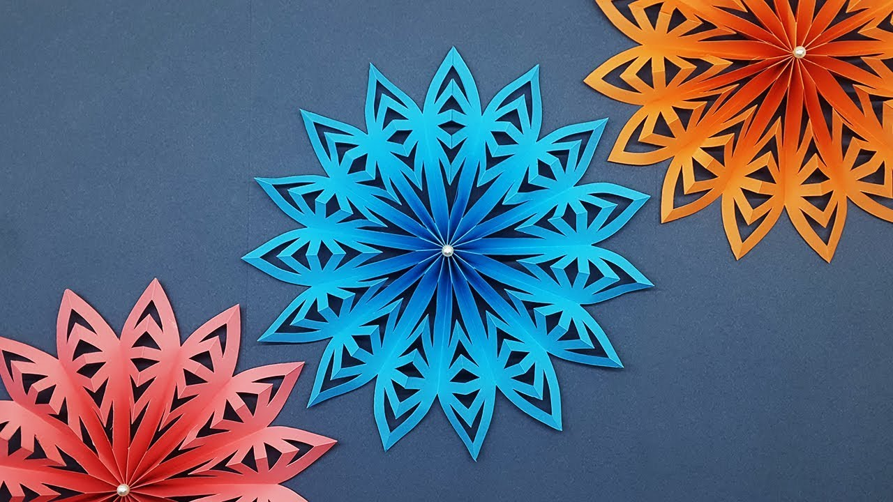 DIY 3D Paper Snowflakes Tutorial | Christmas Decor ...