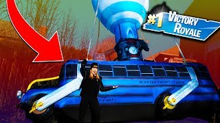 30 FOOT FORTNITE BATTLE BUS IN REAL LIFE! W/ UNSPEAKABLEGAMING, MOOSECRAFT, 09SHARKBOY