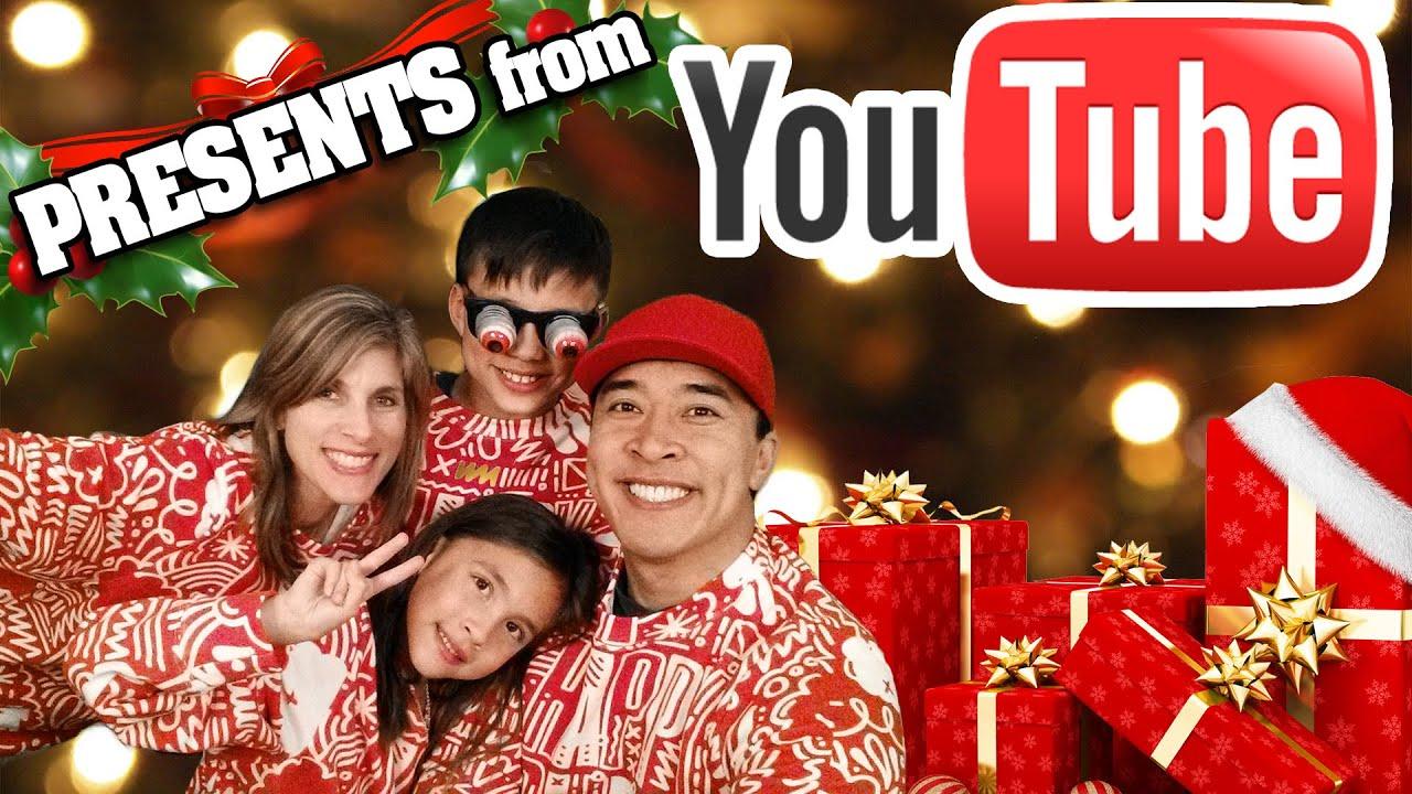 Youtube Christmas.Youtube Christmas Presents Tree Decorating Hot Chocolate On A Stick Youtubefamilyphoto