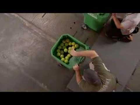FSN Sport Science - Episode 3 - Reaction Time - Tennis Test