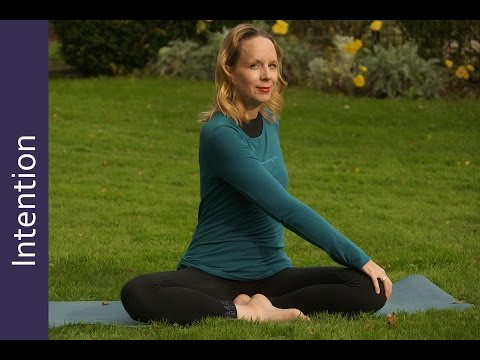 How to Set Intention in Yoga: Episode #353