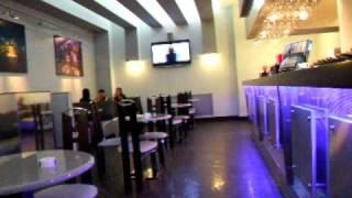 Светодиодная подсветка барной стойки в кафе SOLE(Подсветка барной стойки светодиодной гибкой лентой синего свечения., 2009-07-17T23:24:04.000Z)
