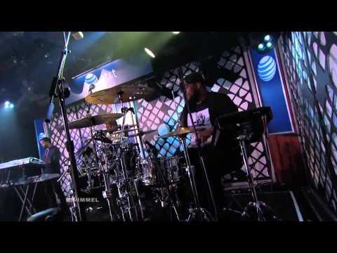 Juicy J Feat. Wiz Khalifa Performs