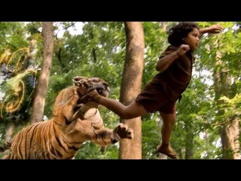 best south Indian movie pulimurugan scene...