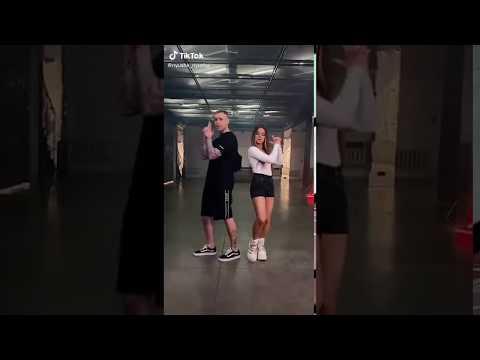 Егор Крид и Нюша танцуют под свою песню \