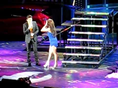 Toni Gonzaga with Vhong Navarro - Mr. Suave