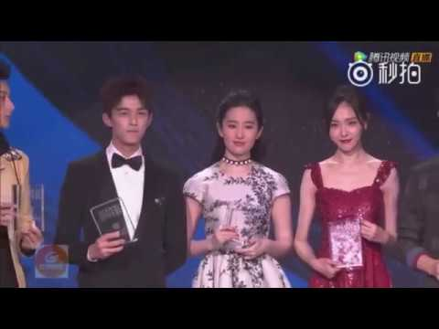 [English Subs] L'Officiel Fashion Event Interview (Tang Yan, Liu Yifei, Tao) 时装之夜追梦代表专访 (唐嫣刘亦菲黄子韬)