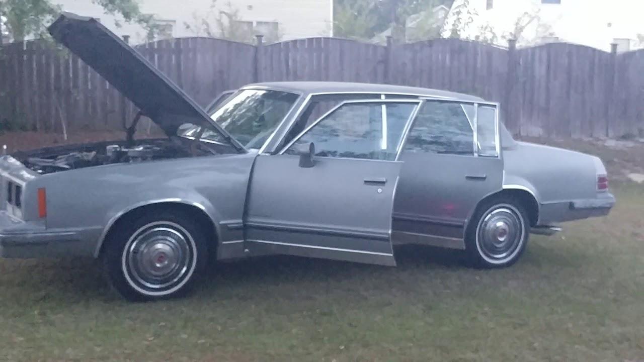 1984 Pontiac Bonneville Brougham Gbody Walk Around