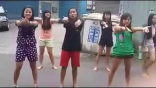Download Cabe Cabean GOyang Morena Di jalan