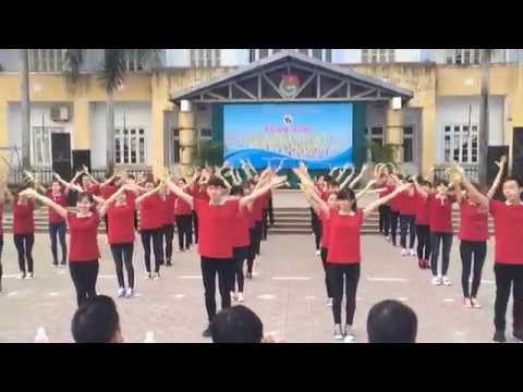Dân vũ Ngày đẹp tươi - CLB Sao Bắc Đẩu ĐHNN Huế