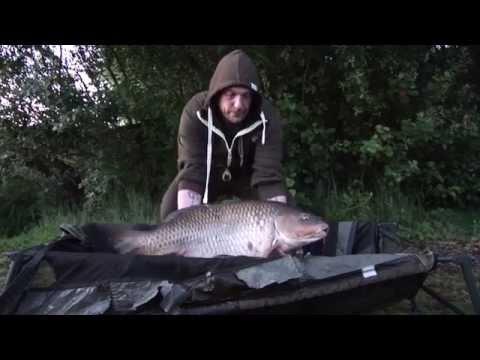 A Visit to Castle Lake FRENCH CARP FISHING