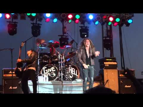 Slave to the Grind - Sebastian Bach - LIVE Escanaba 08-12-2014