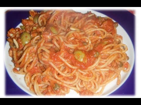 Spaghetti Al Sugo Buonissimi Con Tonno Olive Capperi E Pinoli