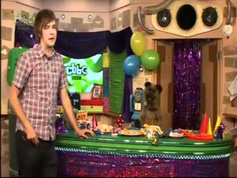 CBBC| Iain & Hacker- Carrot Trousers Song