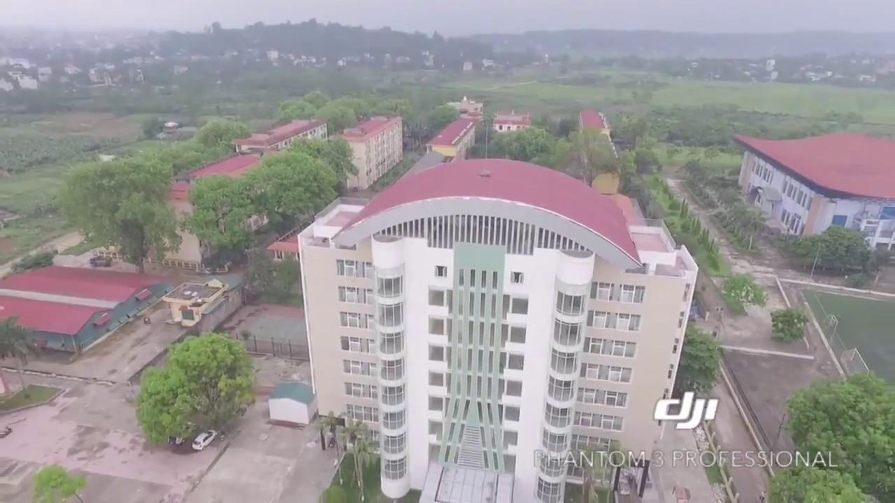 Trường Đại Học Sư Phạm Thể Dục Thể Thao Hà Nội . góc nhìn từ flycam ( nguồn fb: Ngoc Lato)